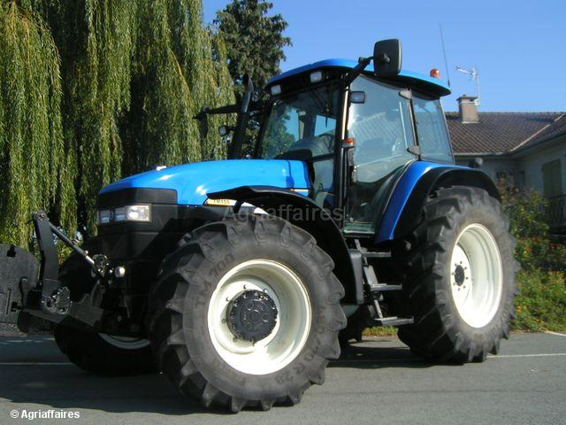 Used Farm Tractors For Sale - Agriaffaires USA b60672167c