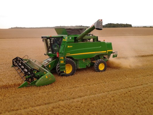 Combine harvester and accessories